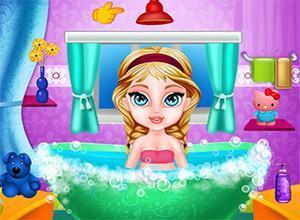لعبة استحمام السا